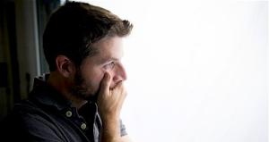 10 Signos y Síntomas de la Depresión Maníaca