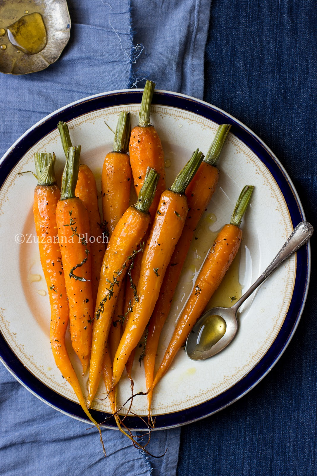 Carrots in lemon and honey - Food photography by Zuzanna Ploch, fotografia kulinarna