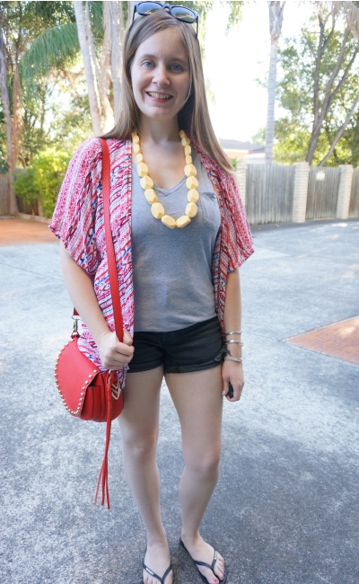 OneTeaspoon Hawks shorts in Fox black, red Choies printed kimono, grey tee, saddle bag | AwayFromBlue