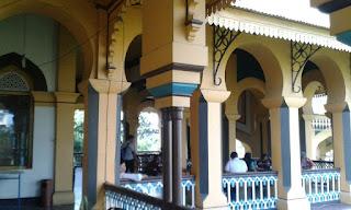 Cantik istana maimun medan kesultanan deli