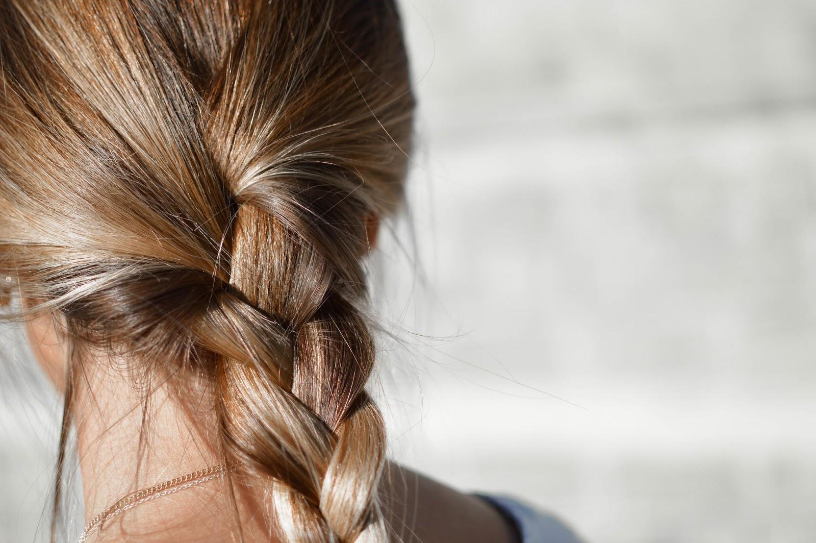 Apua hiustenlähtöön raskauden jälkeen