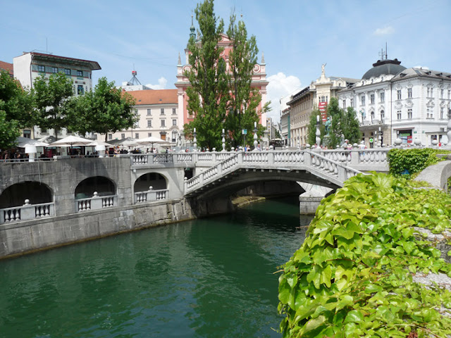 Ljubljana. La pequeña capital verde de Eslovenia. www.caravaneros.com