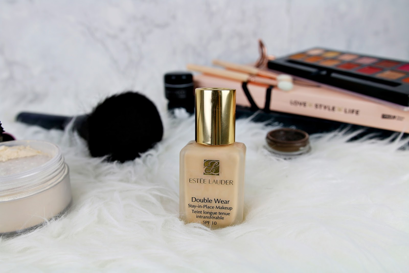 Estee Lauder Double Wear Stay-In-Place opinie