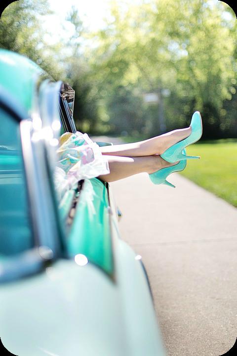 4 ways to keep your wardrobe looking fabulous