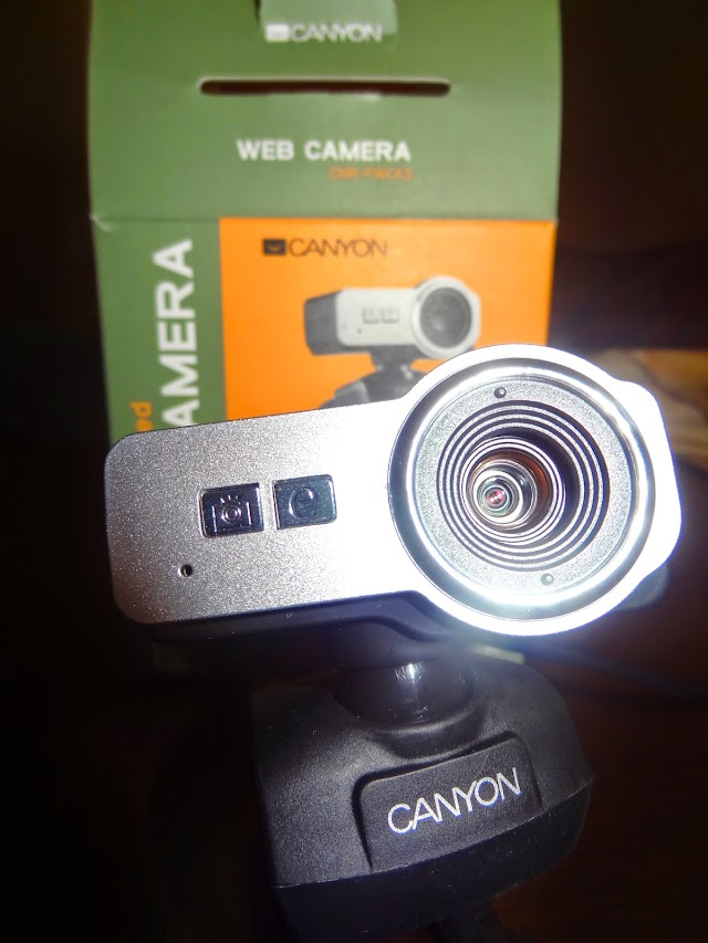 Canyon CNR-FWC113 budget webcam with microphone