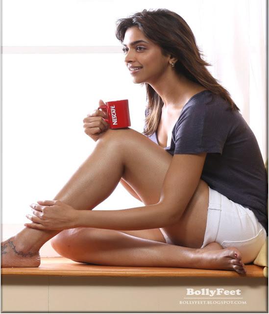 Feet Ameesha Patel nude (12 fotos) Erotica, YouTube, cleavage