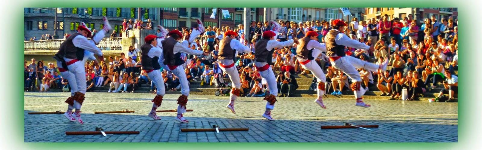 Resultat d'imatges de dantz-ango ezpata dantza