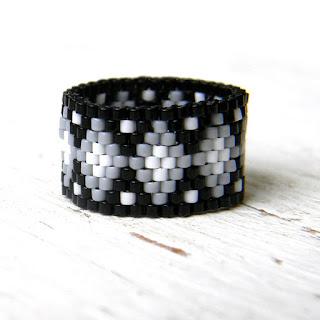 купить кольцо с узором бисерные кольца ручной работы от Anabel