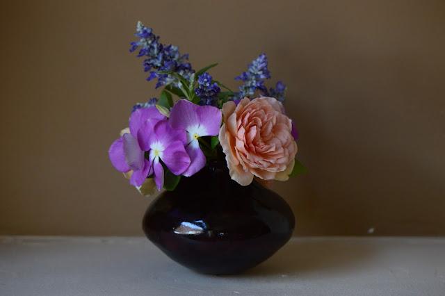 small sunny garden, desert garden, rose, crown princess margareta, catharanthus roseus, salvia farinacea, stoneware, ceramics, amy myers