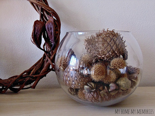 fall-decoration-in-a-jar