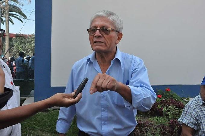 Trabajadoras pagaban servicios de local de congresista Castro