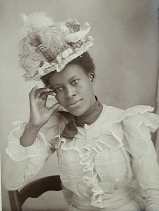 18 Interesting Vintage Studio Portraits of Women of Color ...
