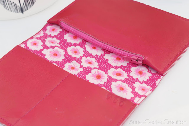 pink wallet for mum
