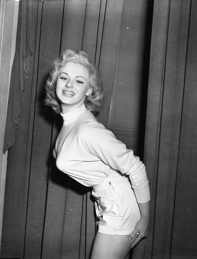 MARILYN MONROE VERY SPECIAL 8X10 PHOTO   Marilyn monroe