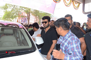 Shatamanam Bhavati Team at Sandhya Theater  0081.JPG