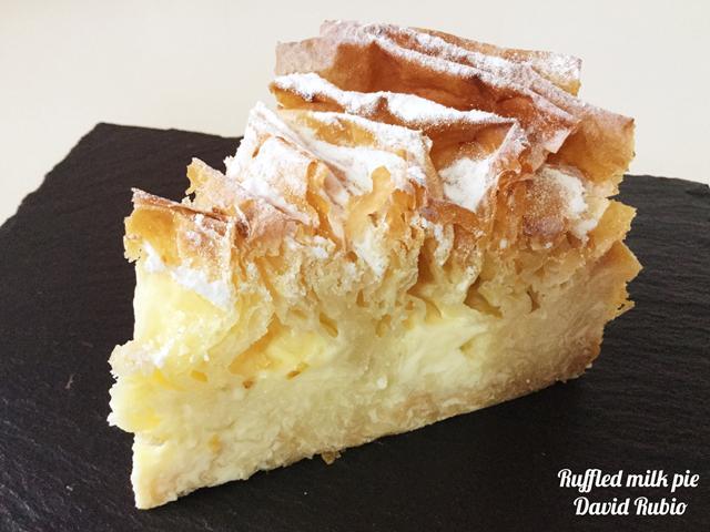 Pastel de leche rizado Ruffed milk pie