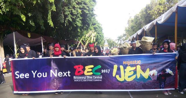Banyuwangi Ethno Carnival (BEC) 2017 bertema Majestic Ijen.