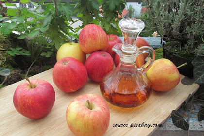 Manfaat Cuka Apel untuk Mengatasi Jerawat yang Membandel Akibat Salah Kosmetik