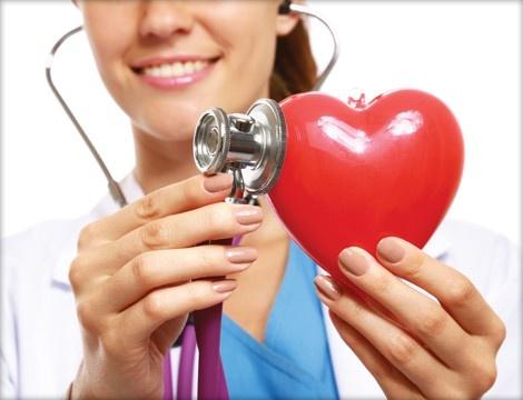 Omega 3 en su dieta. ejercicios y dieta baja en grasas mejora tu salud cardiovascular