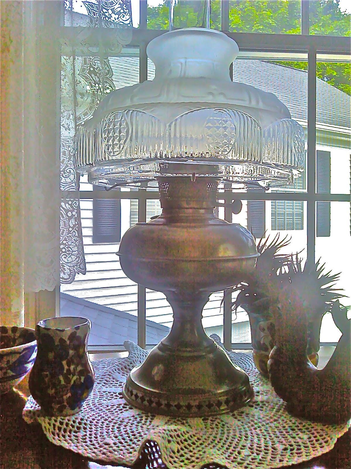 Antique Treasures Rayo Hurricane Oil Lamp