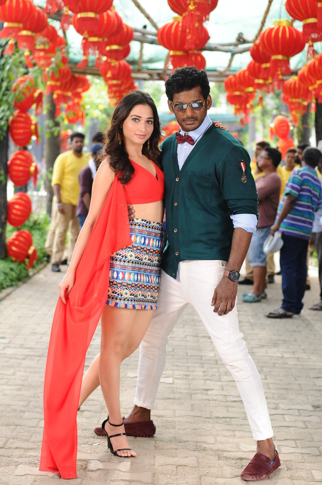 vishal okkadochadu movie stills-HQ-Photo-13