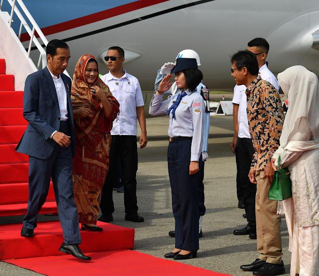 Kunjungan Kerja ke Sumbar, Jokowi Resmikan KA Bandara Minangkabau