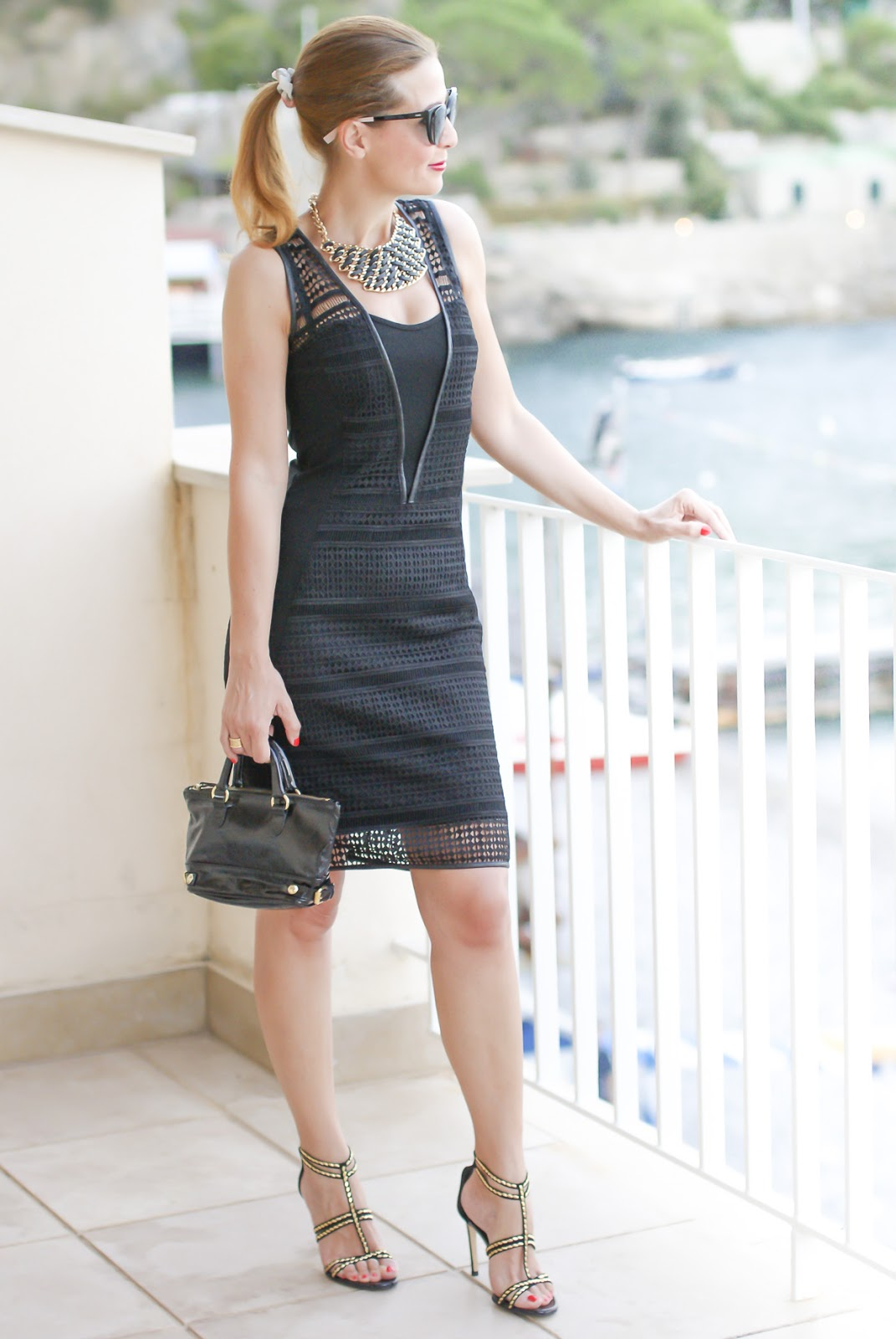 Black dress on Fashion and Cookies fashion blog, fashion blogger style