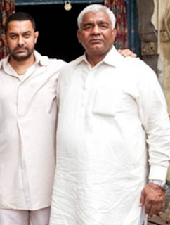 Mahavir Singh Phogat story, daughters, family, age, real, wrestling, son, photo, daughters name, story in hindi, wiki, biography