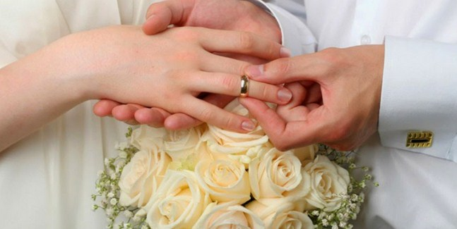 Why People Marry More Slim, than Single?