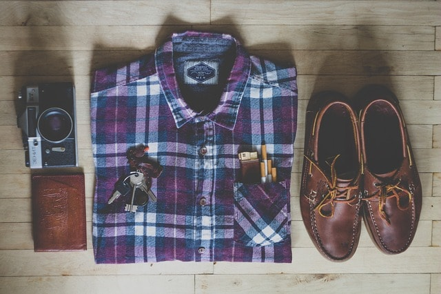 Kerja dengan berpakaian kaos