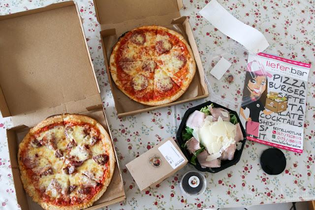 Lieferung Pizza und Salat von Lieferbar.de