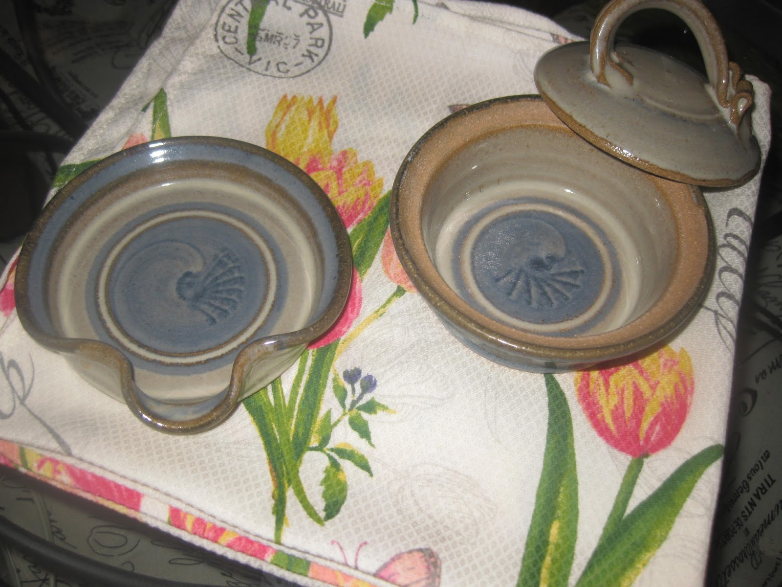 And this is \ REAL\  pottery. A gift from my friend who knows I have a thing about little \ crocks\ . This pottery is called Rolled Oats Pottery. & GOT A MINUTE OR TWO: HOME GOODS and REAL POTTERY