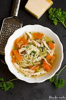 Zupa z kurczakiem i makaronem