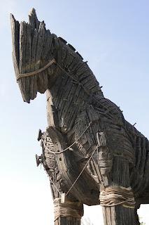 حكايات عن حصان طروادة