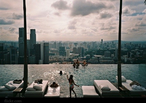 Ren e finberg 39 tells all 39 in her blog of her adventures - Rooftop swimming pool in singapore ...