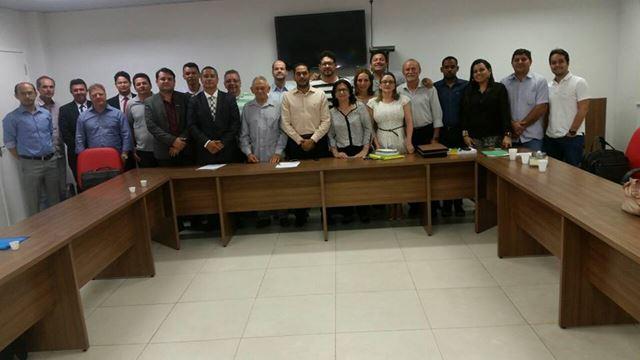 Equipe do prefeito Assis Ramos, ontem, na OAB.