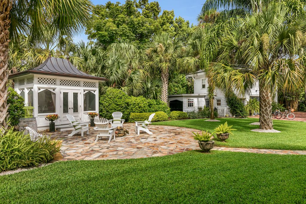 Historic Gem In Orlando, Florida - The Glam Pad
