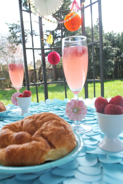Easy Easter brunch styled by Fizzy Party