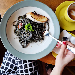 GoodHood Squid Ink Spaghetti