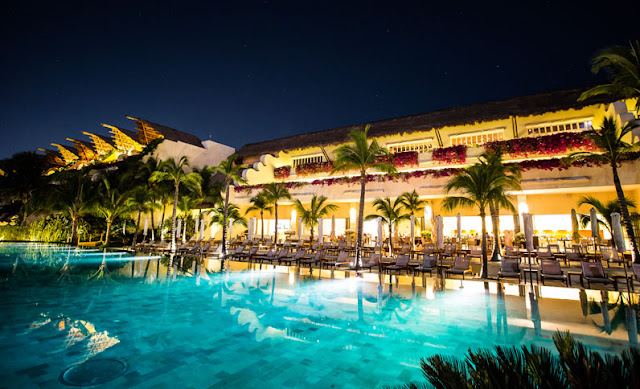 the Grand Velas Los Cabos