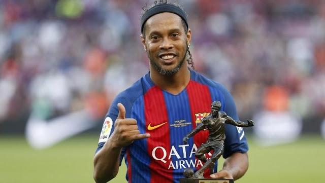 Ronaldinho Pensiun