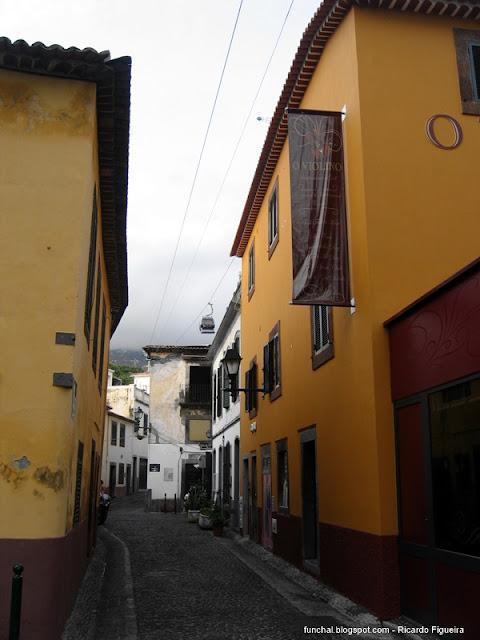 RUA DOS BARREIROS - FUNCHAL - 2012