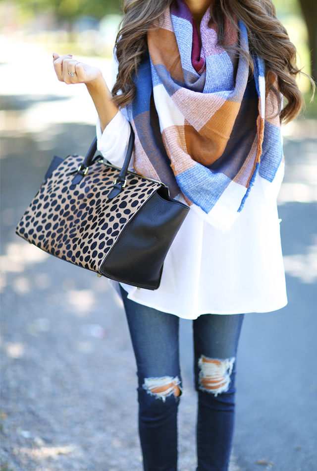 Love this blanket scarf