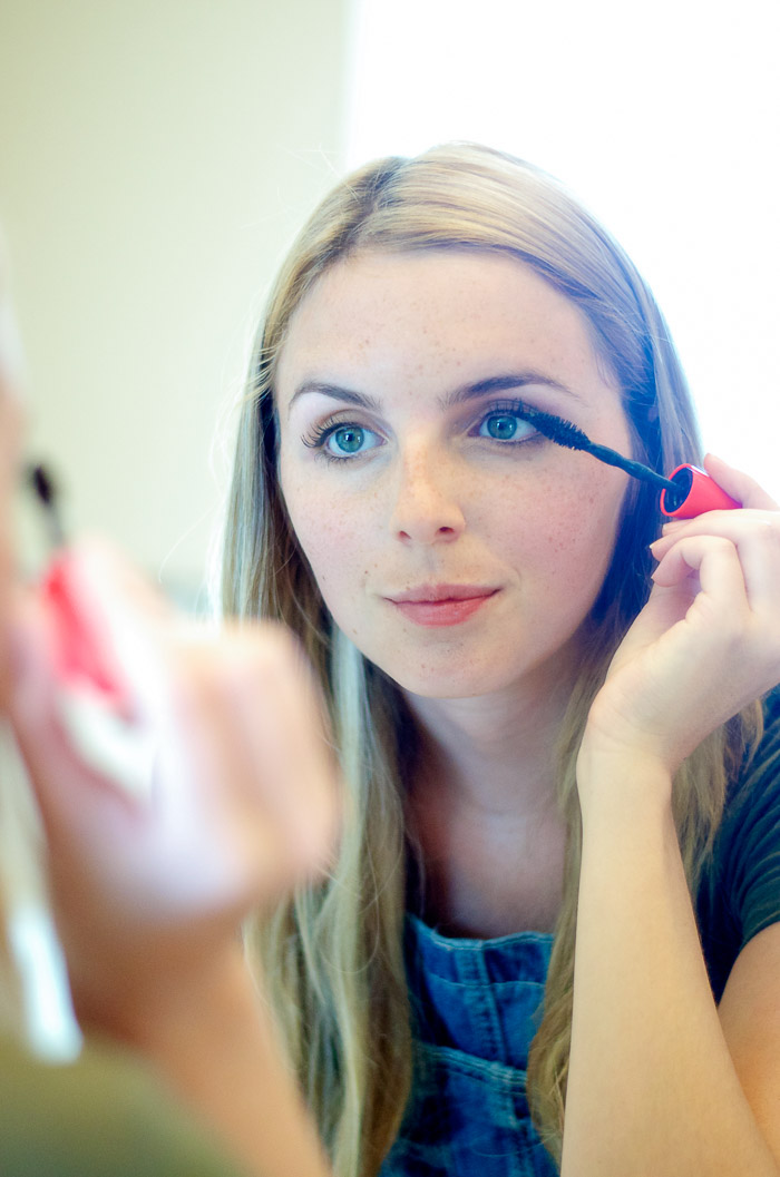 Best inexpensive mascara, Vancouver Beauty Blog, Vancouver Style Blog, Vancouver health blog, Vancouver fitness blog, Vancouver Outfit Blog