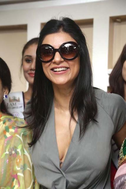 Bollywood divas deny plastic surgery, swear they're real