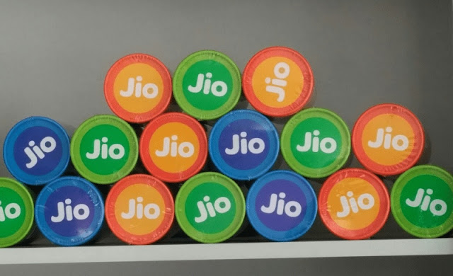 Reliance Jio International Roaming Plans Listed and Detailed: Best Network for Your International Trip, BSNL Annual Prepaid Recharge of Rs 2,099 Now Providing 6.1GB Daily Data