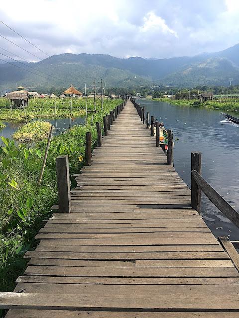 Tour du lac Inlé à vélo - Maing Thauk - Birmanie