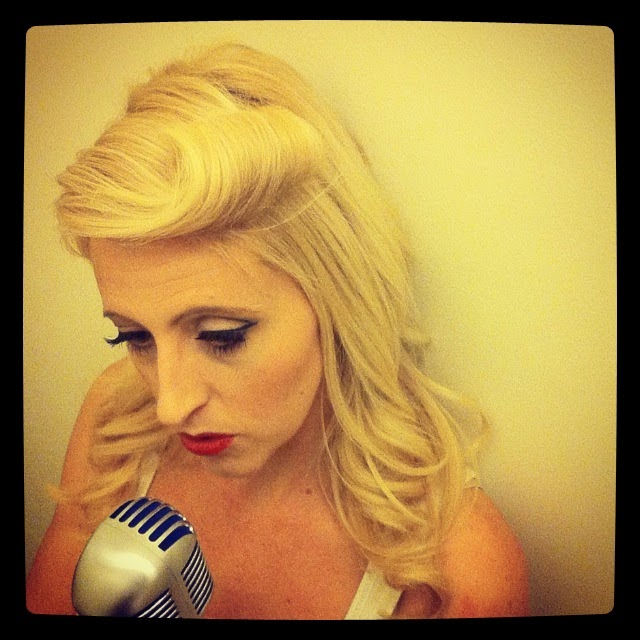 Vintage Wedding Singer