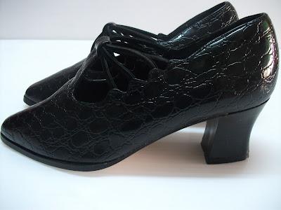Pantofi *Raoul & Lorenzo*, piele naturala, croco print, impecabili