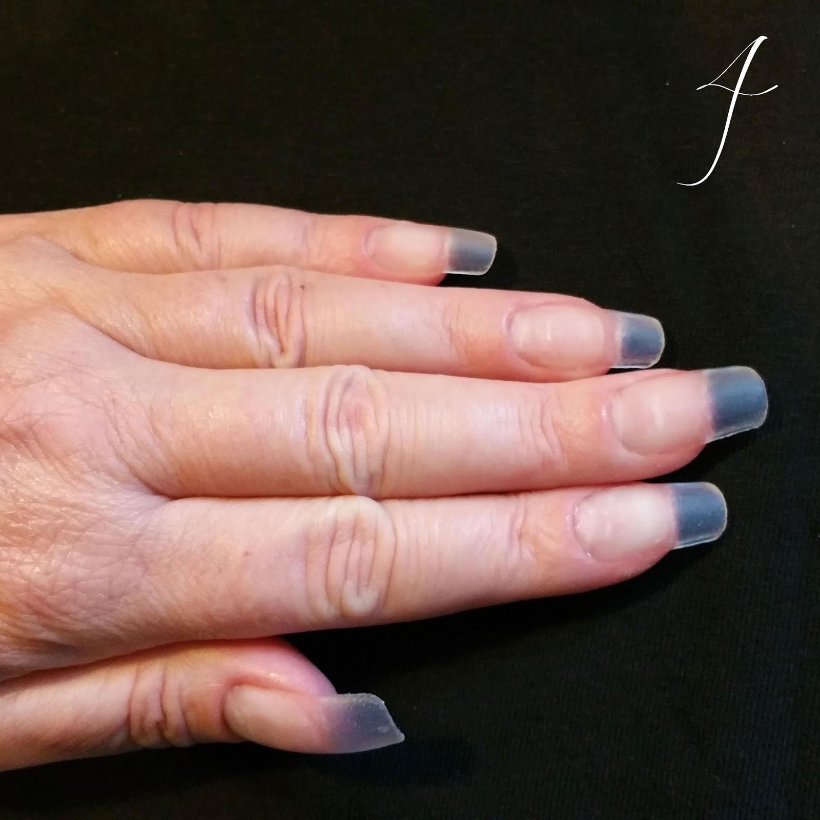 doorzichtige nagels